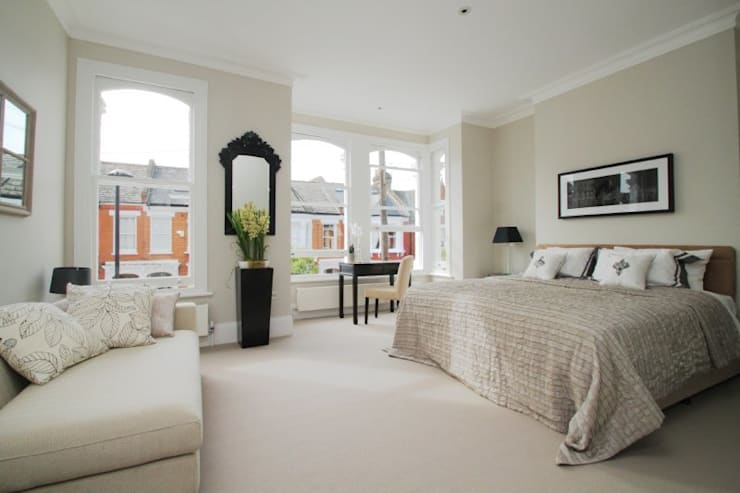 Narbonne Avenue Clapham: modern Bedroom by Bolans Architects