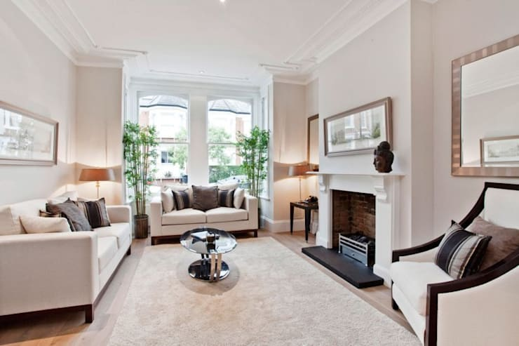 Narbonne Avenue Clapham:  Living room by Bolans Architects