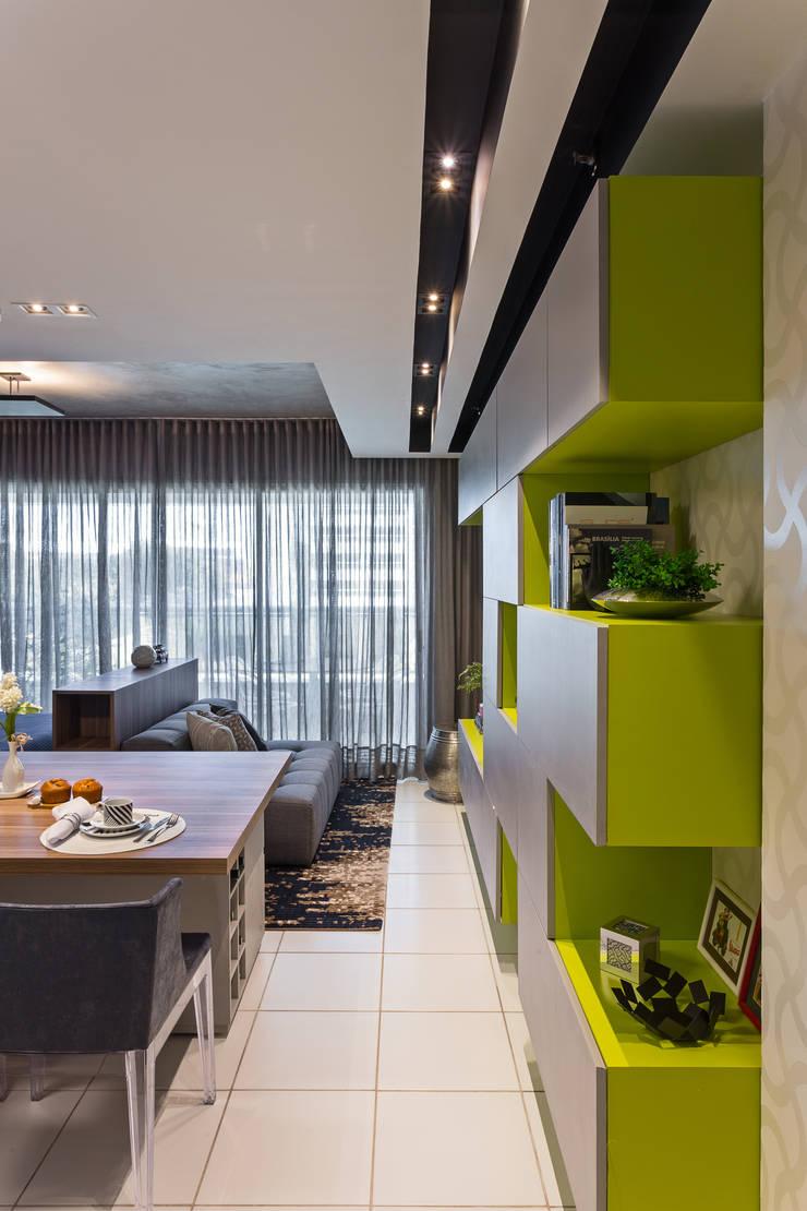 Empreendimento Smart: Salas de jantar  por BEP Arquitetos Associados,Moderno