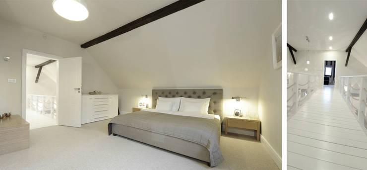 Sypialnia w domu nad jeziorem w Miłomłynie: styl , w kategorii Sypialnia zaprojektowany przez Paszkiewicz Design