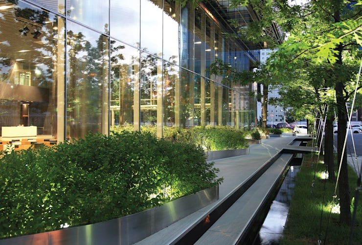 Materializing the Light: Landscape for the New Headquarters of SBS: parkkim의  서재 & 사무실