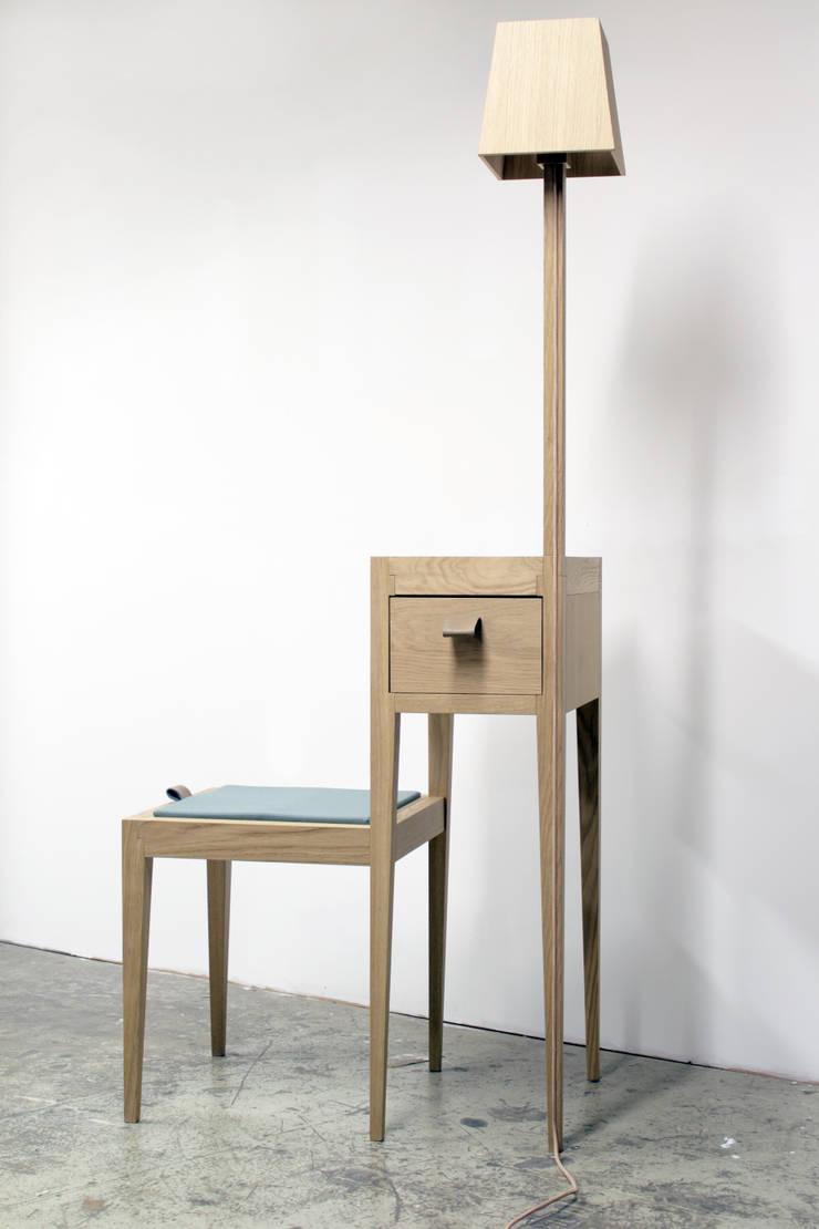 NAiF | LiCHTZiT:  Woonkamer door Carina van den Bergh | design studio