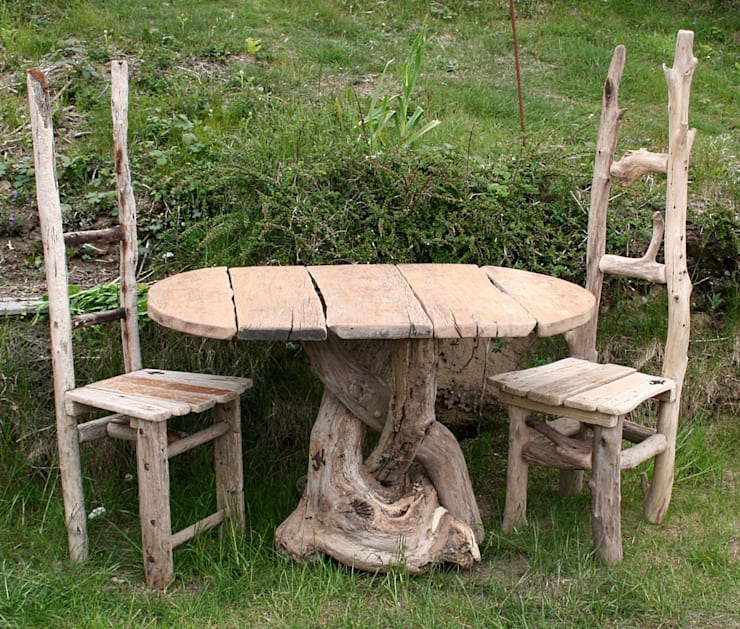 Driftwood Dining: Garden by Julia's Driftwood - Driftwood Garden & Patio Furniture By Julia's Driftwood Homify