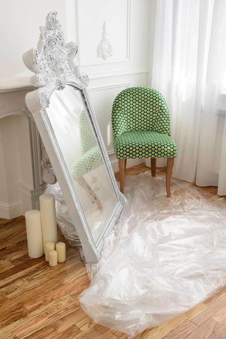квартира <q>Белый шум</q>: Спальная комната  в . Автор – 'Живые вещи 'Максимовых- Павлычевых'