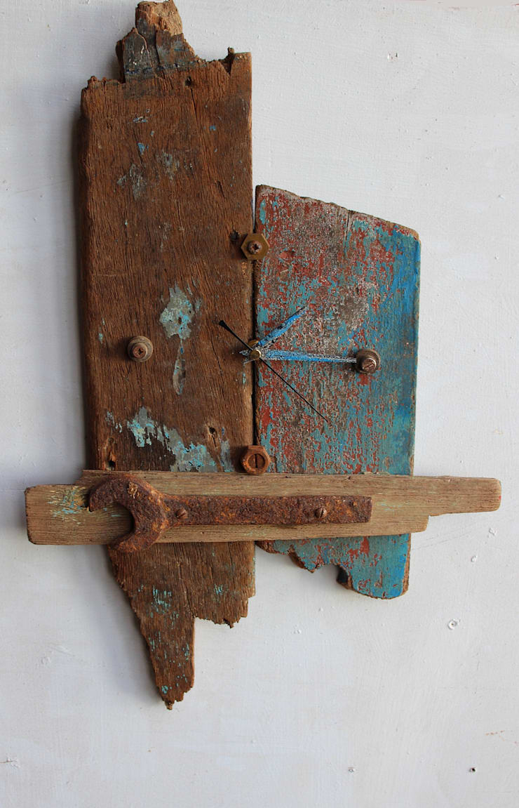 Driftwood clocks  :  Household by Julia's Driftwood