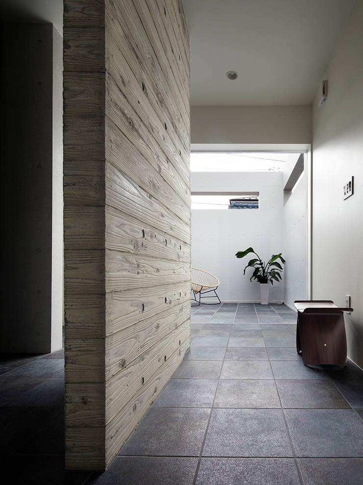 minimalist  by RCage, Minimalist