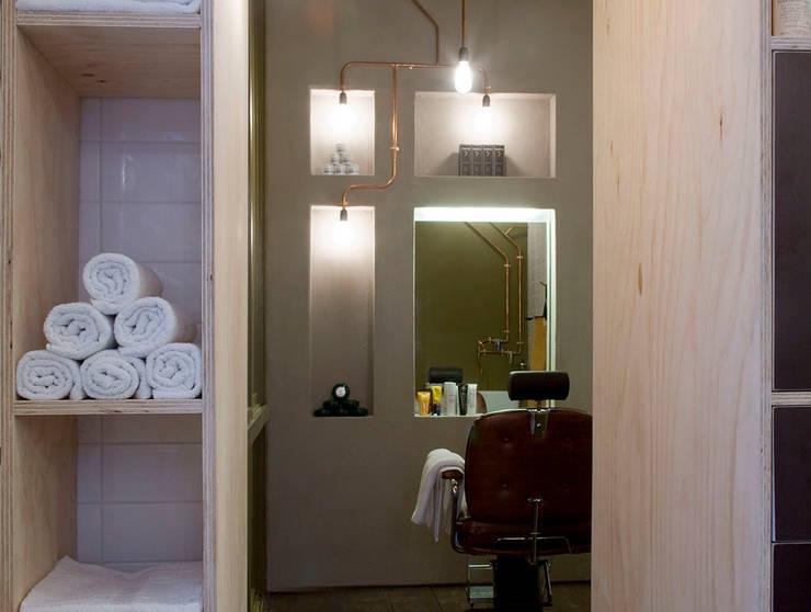 Barber :  Spa door Studio Aa, Industrieel