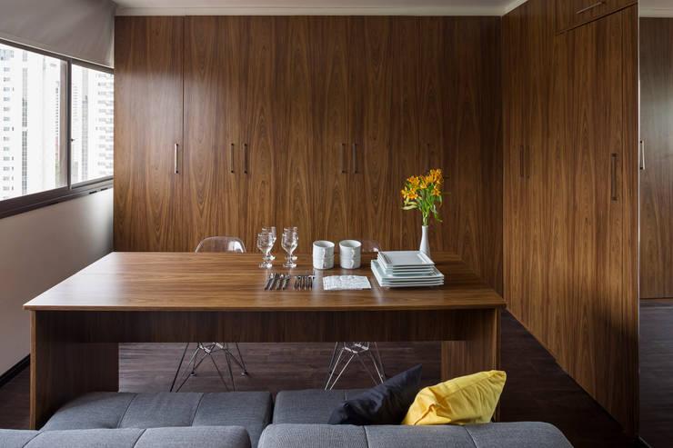 Apartamento LP: Salas de jantar  por BEP Arquitetos Associados