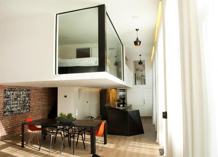 Loft Lille: Cuisine de style  par Frédéric Haesevoets Architecture