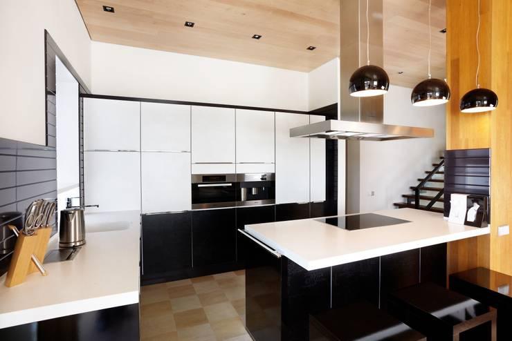 кухня:  в . Автор – Eco wave studio
