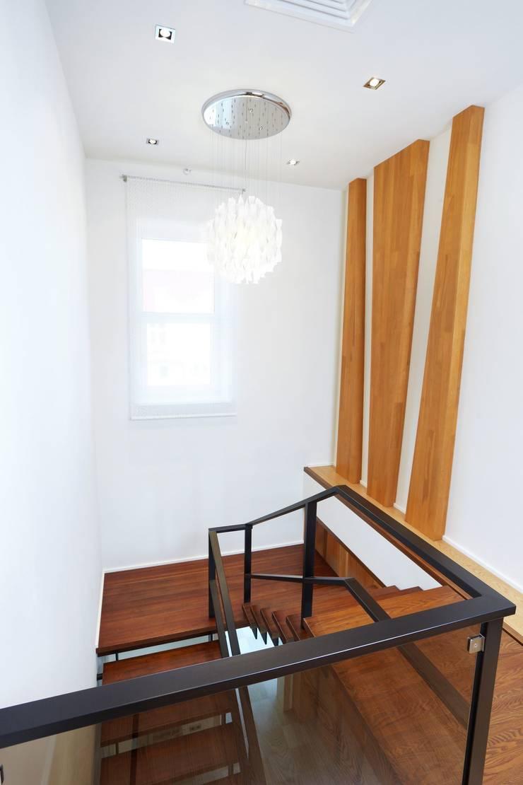 лестница:  в . Автор – Eco wave studio