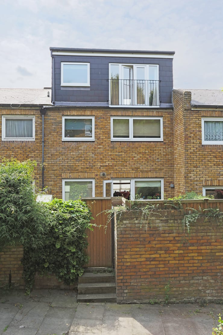 dormer loft conversion wandsworth:  Houses by nuspace