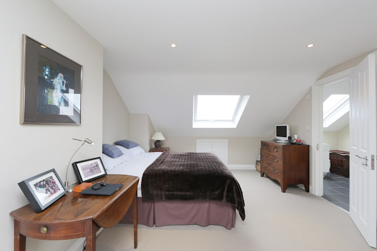 mansard loft conversion fulham:  Bedroom by nuspace