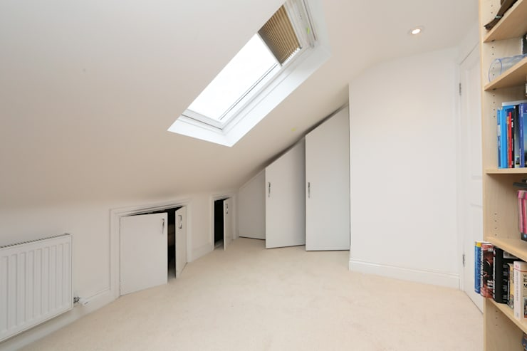​hip to gable loft conversion wimbledon:  Dining room by nuspace