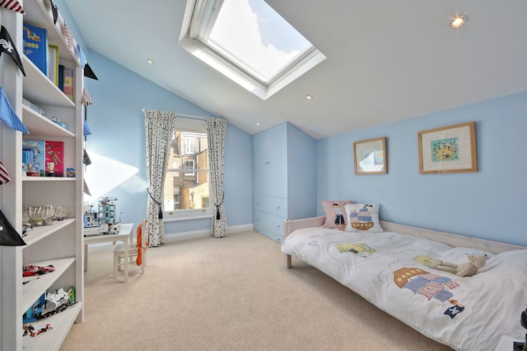 ​loft conversion with full back addition: modern Bedroom by nuspace