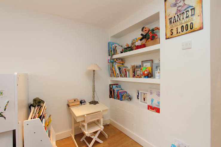 l-shaped dormer loft conversion clapham:  Nursery/kid's room by nuspace