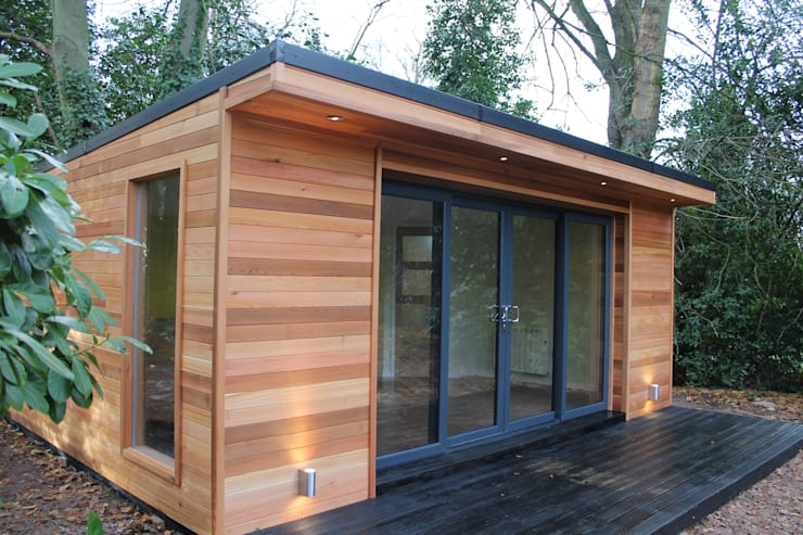 'The Crusoe Classic'—6m x 4m Garden Room / Home Office / Studio / Summer House / Log Cabin / Chalet:  Study/office by Crusoe Garden Rooms Limited