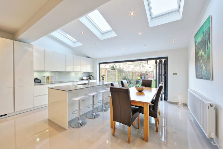 kitchen rear extension ealing with pitched roof: modern Kitchen by nuspace