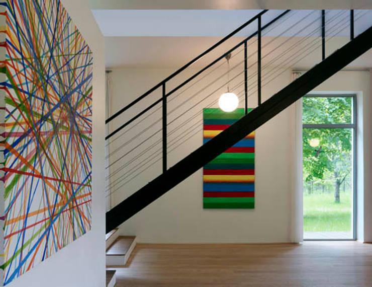 Dom w Czarnowie k/Konstancina: styl , w kategorii Salon zaprojektowany przez ANONIMOWI ARCHITEKCI