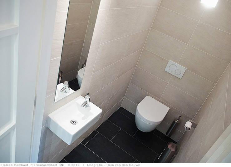 transformatie naar  een ingetogen luxe villa te Heiloo:  Badkamer door Heleen Rombout interieurarchitect BNI