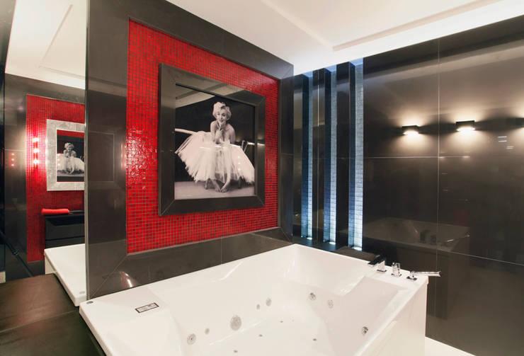 Красное на черном: Ванные комнаты в . Автор – Худякова Людмила