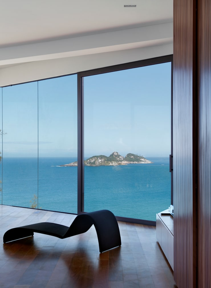 Vista Suite: Quartos  por House in Rio,