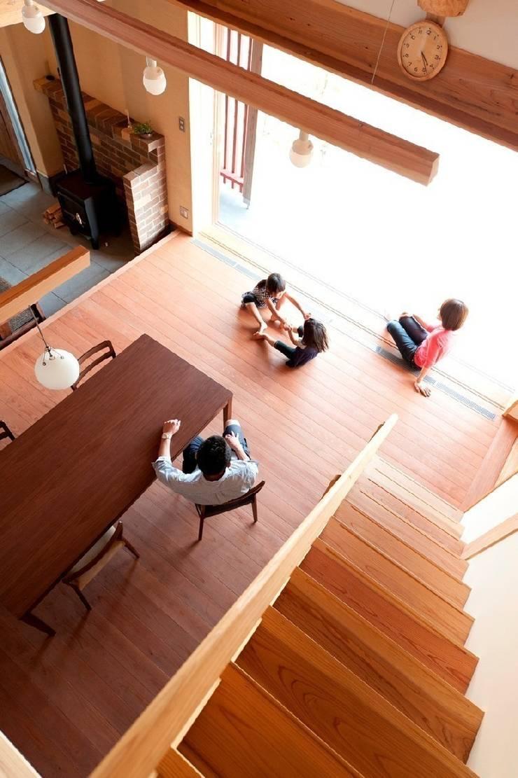 うきはの家: AMI ENVIRONMENT DESIGN/アミ環境デザインが手掛けたダイニングです。,