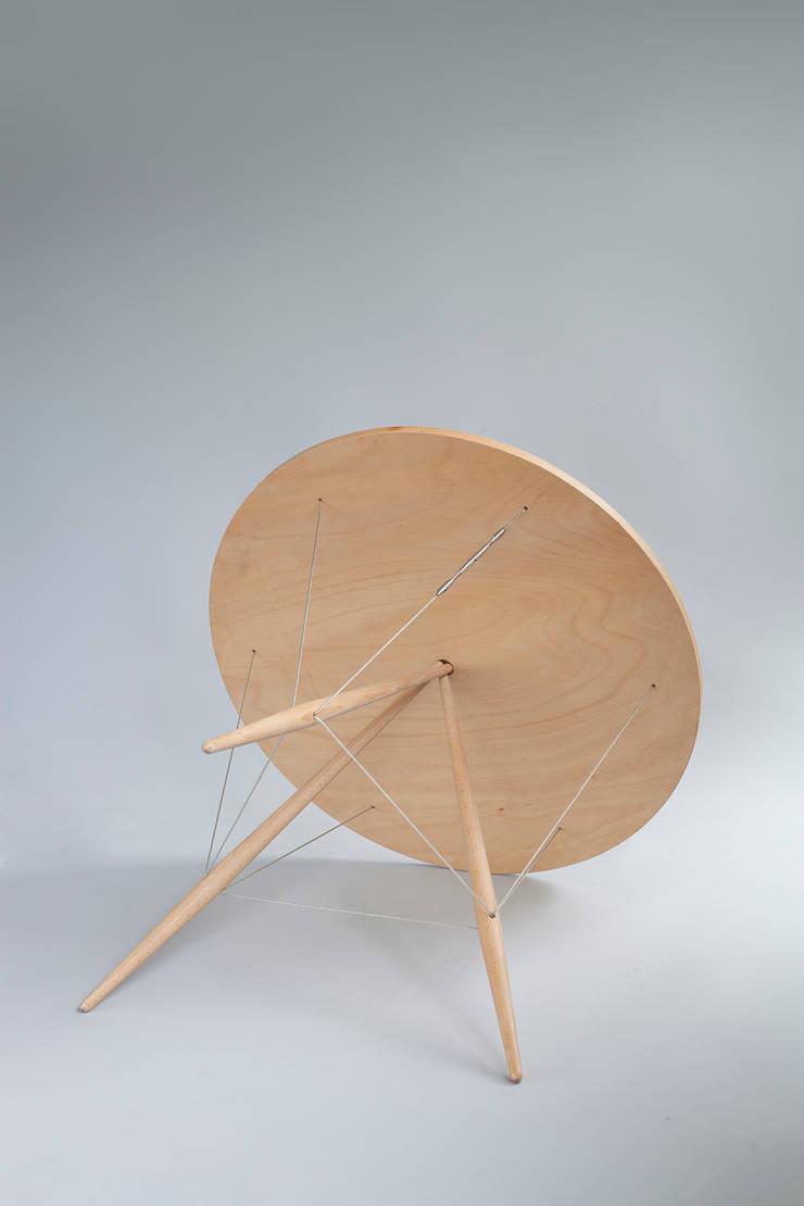 Pinezka: styl , w kategorii Jadalnia zaprojektowany przez Robert Pludra Industrial Design Studio
