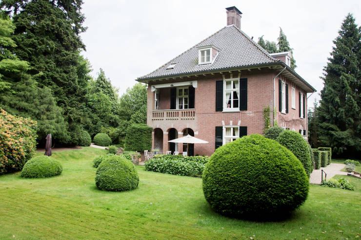 Pand ingericht met de collectie van RUPERT & RUPERT: klasieke Huizen door RUPERT & RUPERT