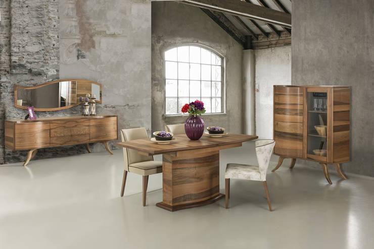 Sala de jantar  por Trabcelona Design
