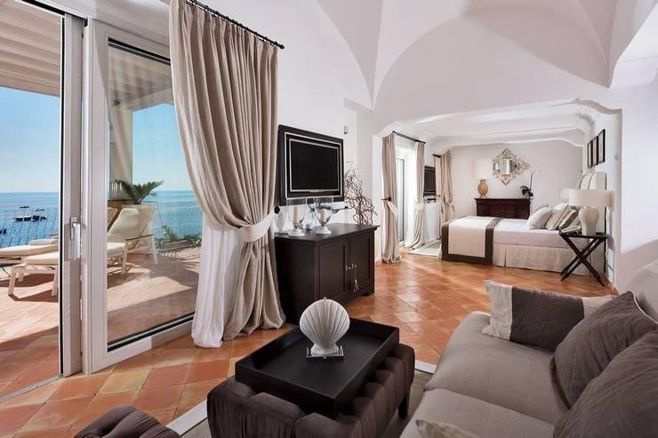 Hoteles de estilo  por Contract Ar.Da. s.r.l