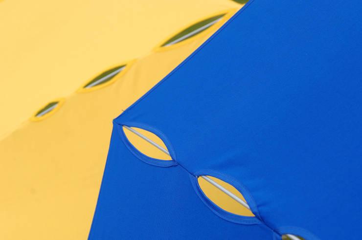 Parasols Sfera, Monroe en Flower:  Tuin door ONS   Ontwerpstudio Nathalie Schellekens
