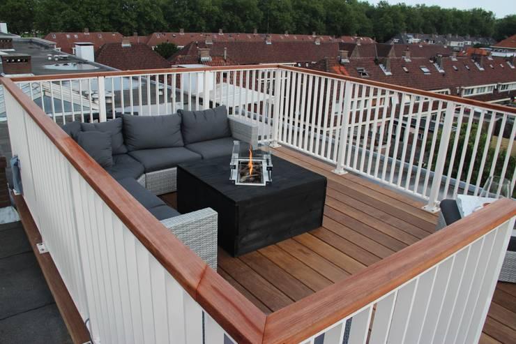 Balconies, verandas & terraces  by ScottishCrown Dakterrassen,