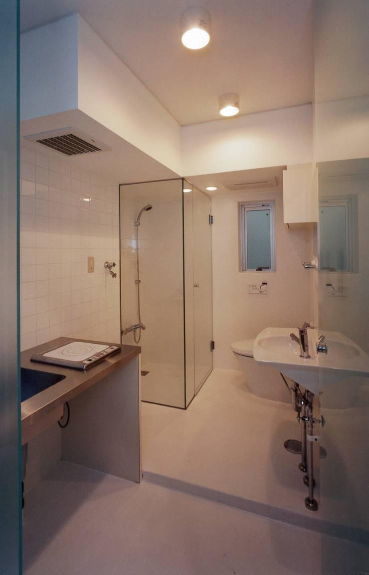 el Forty One: SOCIUS一級建築士事務所が手掛けた浴室です。