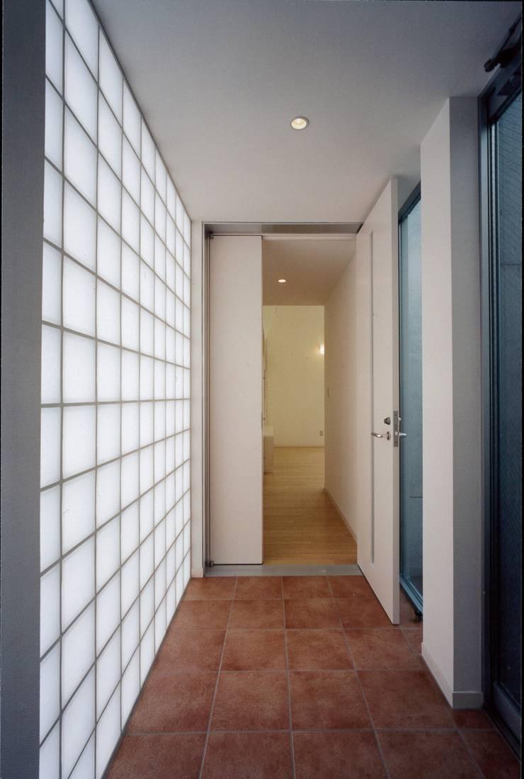 el Forty One: SOCIUS一級建築士事務所が手掛けた壁です。