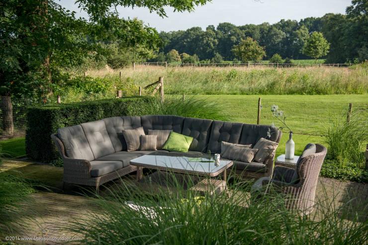 moderner Garten von Meeuwis de Vries Tuinen