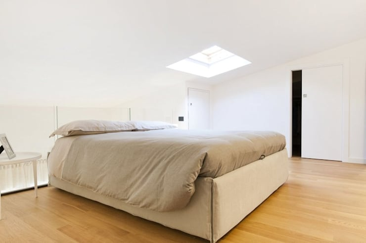 غرفة نوم تنفيذ Andrea Stortoni Architetto