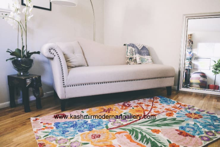 Double dyed wool rug:  Walls & flooring by kashmir modernart gallery