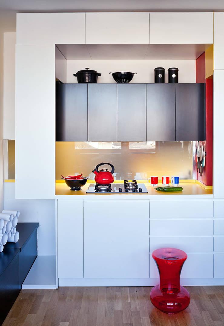 Cocinas de estilo  por kacper gronkiewicz architekt, Moderno