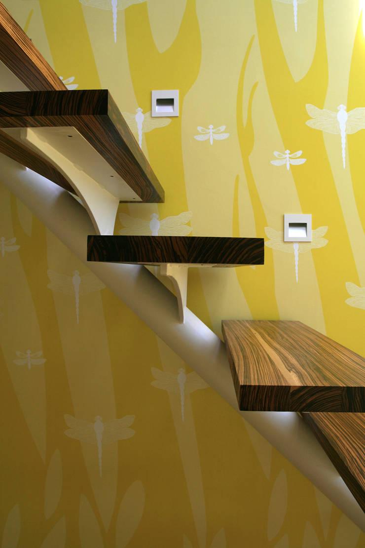 Dragonfly, Wallpaper :  Walls & flooring by Camilla Meijer