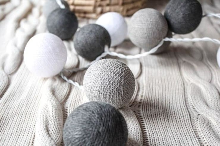 Cotton ball lights - lampki: styl , w kategorii Miejsca na imprezy zaprojektowany przez Qule,Nowoczesny