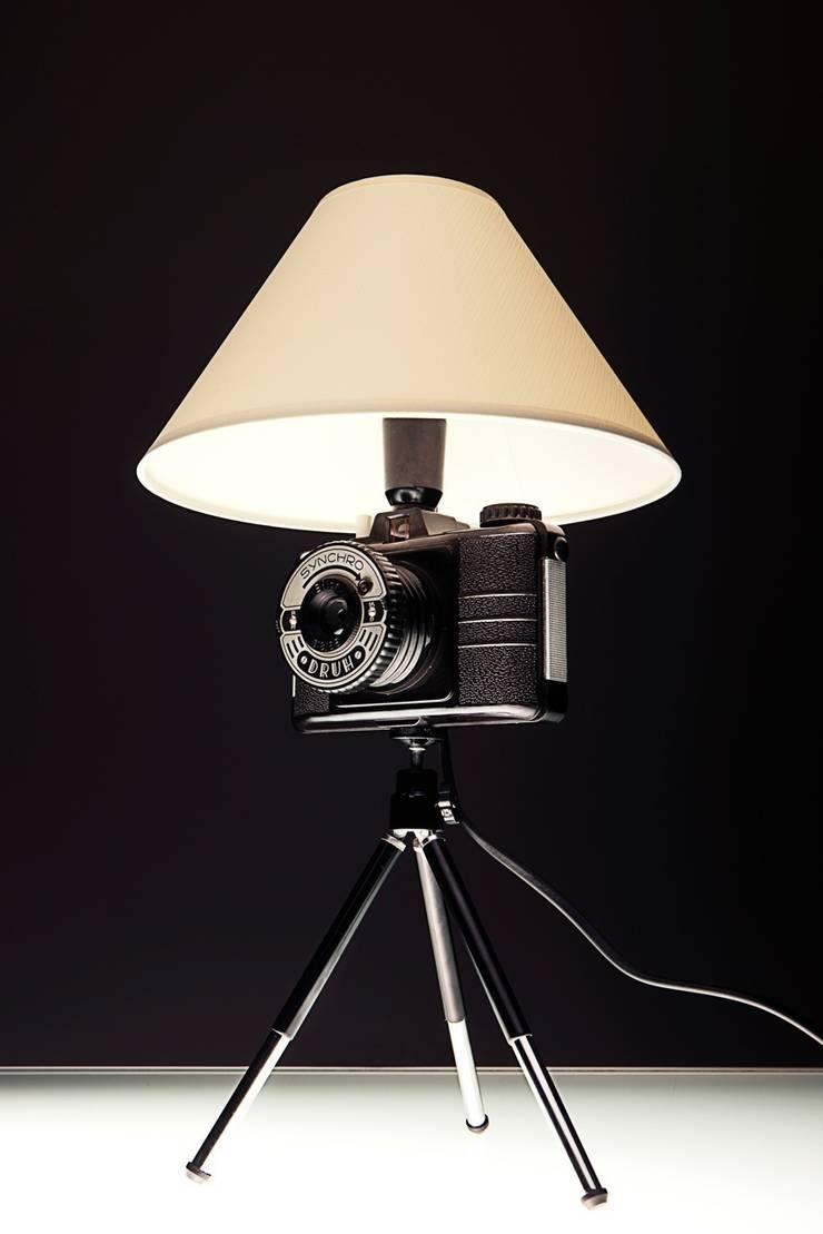 FotoLampka DRUH: styl , w kategorii Sypialnia zaprojektowany przez RefreszDizajn,