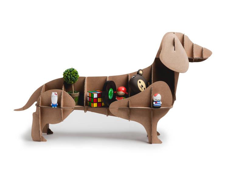 """Perro de Cartón """"Dachshund"""": Hogar de estilo  de Milimetrado"""