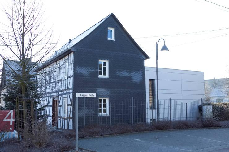 Anbau & Sanierung Fachwerkhaus:  Häuser von Fachwerk4 | Architekten BDA