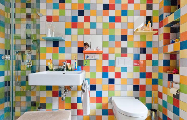 Wohnhaus R+J:  Badezimmer von Bodamer Faber Architekten BDA