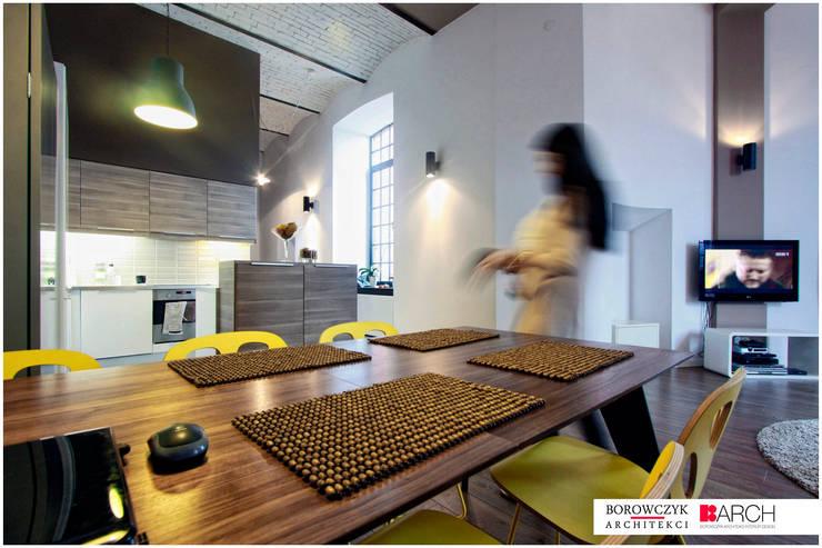 LOFT z wieżą 02: styl , w kategorii Jadalnia zaprojektowany przez Borowczyk Architekci,Industrialny