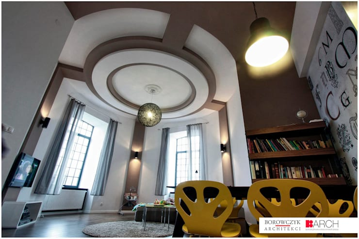 LOFT z wieżą 02: styl , w kategorii Salon zaprojektowany przez Borowczyk Architekci,Industrialny