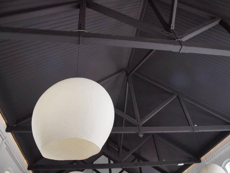 Vilten lamp in de ruimte:  Evenementenlocaties door Vilt aan Zee, Scandinavisch