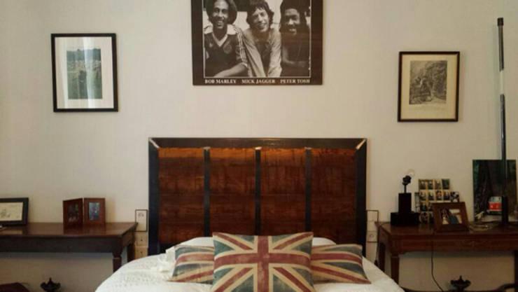 Cabecero: Dormitorios de estilo  de MUEBLES DE LA GRANJA