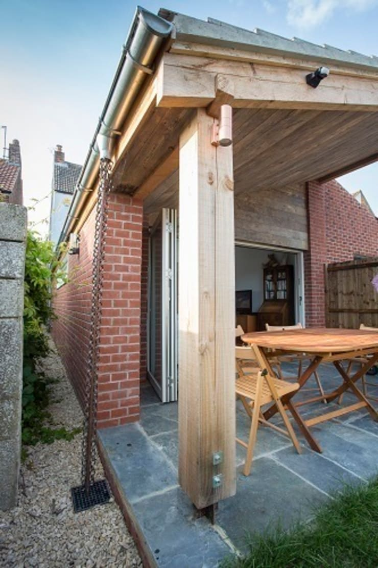 Eastbourne Road:  Houses by Hart Design and Construction